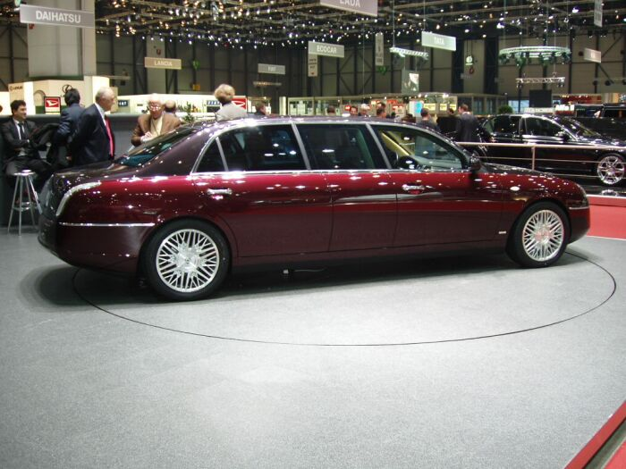 lancia thesis 2003 review