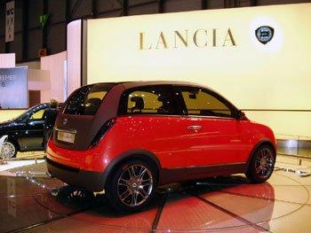 http://www.italiaspeed.com/2006/cars/lancia/11/investor_presentation_lingotto/lancia_ypsilon_zagato_sport.jpg