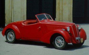 http://www.italiaspeed.com/2006/cars/lancia/history/history/part_2/augusta_mille_miglia_2.jpg