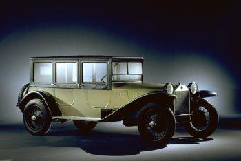 http://www.italiaspeed.com/2006/cars/lancia/history/history/part_2/lancia_lambda_2.jpg