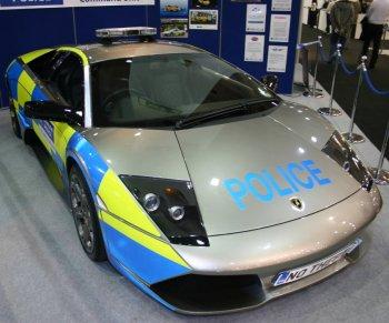 http://www.italiaspeed.com/2006/motor_shows/mph06/london/police/lamborghini_murcielago_lp640_2.jpg