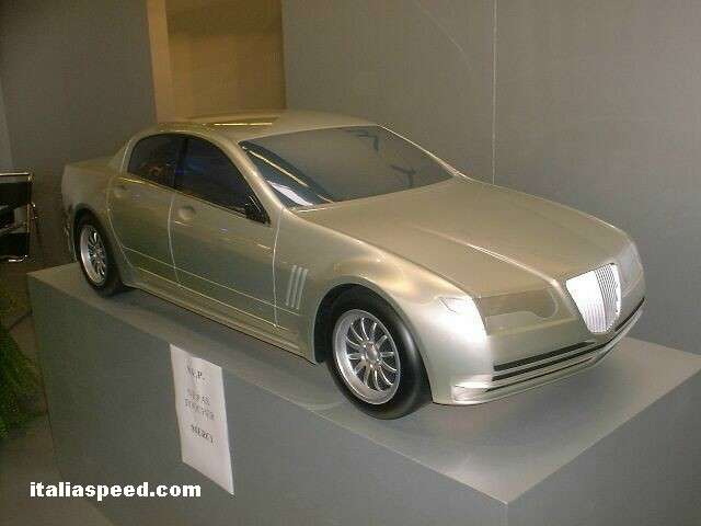 Carcenaro New York model at the 2002 Paris Motor Show