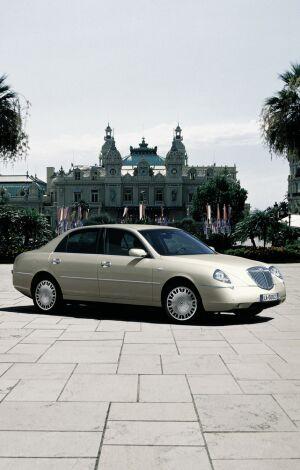 http://www.italiaspeed.com/news_2003/frankfurt_preview/lancia/promenade_001.jpg