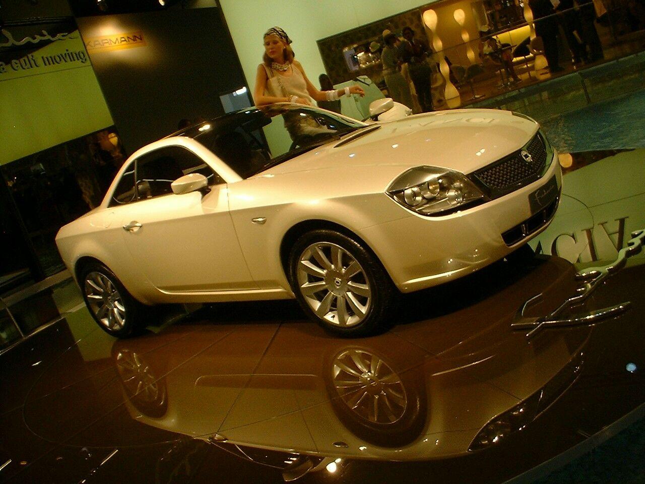 http://www.italiaspeed.com/news_2003/frankfurt_report/lancia/fulvia_108.jpg